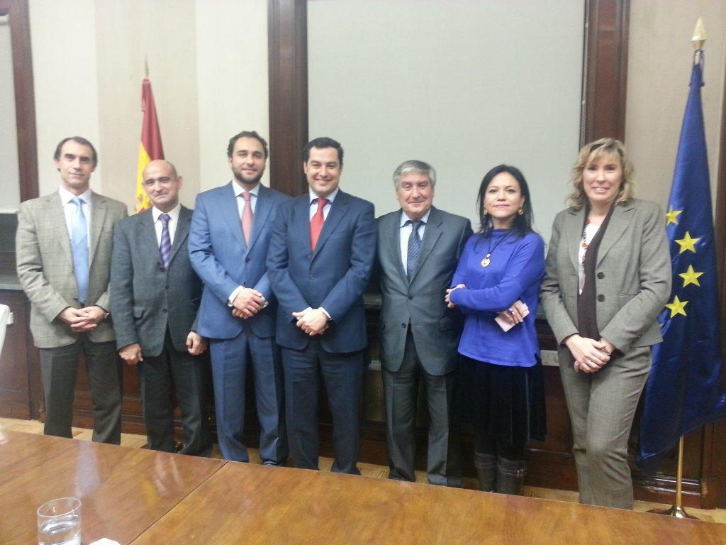 Federación ASEM, FEDER y Fundación Isabel Gemio en reunión con representantes del Ministerio